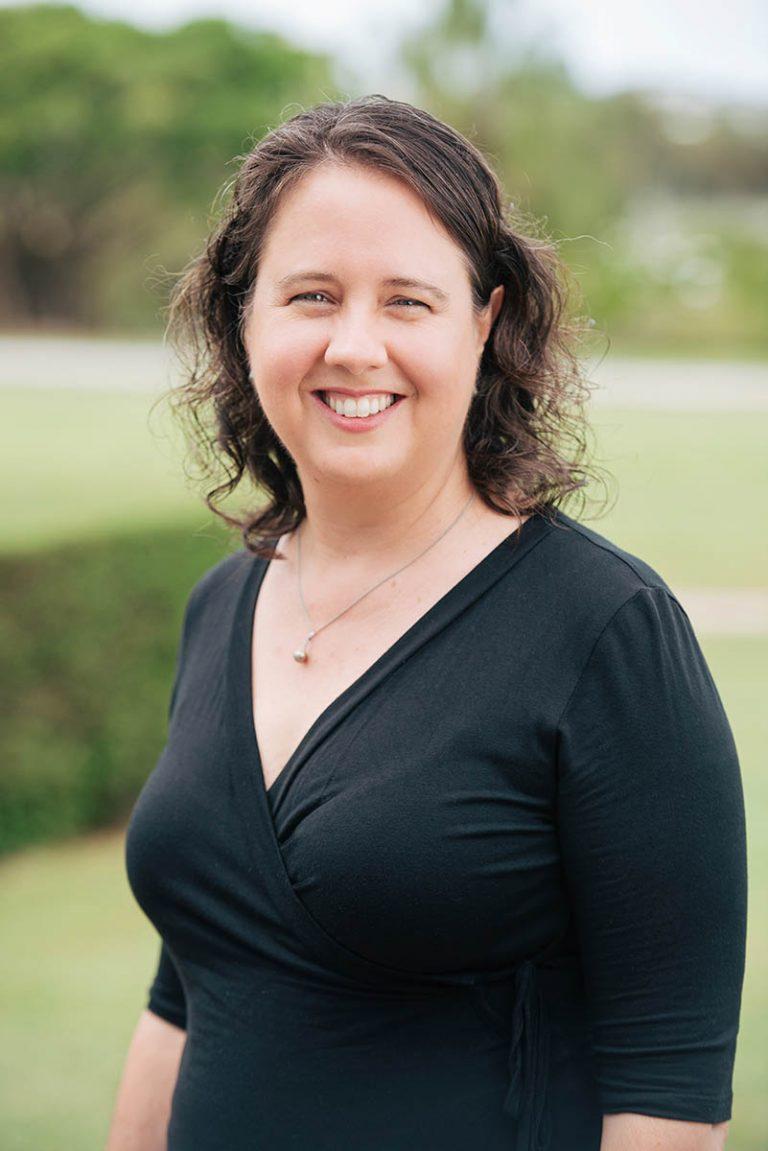 Dr Amanda Cahill